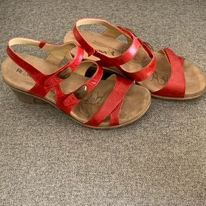 Romika Strappy Wedges- worn Once👠👠